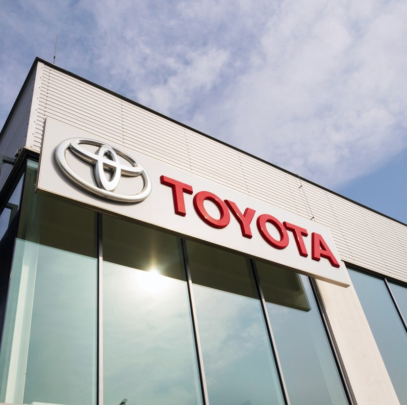 Toyota launches Toyota Share car-sharing service | Smart Highways Magazine: Industry News